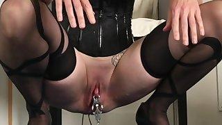 BDSM Painslut: Clit..
